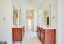 Master bath - 9649 LOGAN HEIGHTS CIR, SPOTSYLVANIA