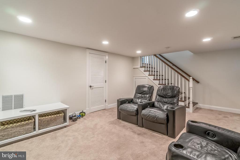Use it as a Home theater or a play area - 5000 27TH ST N, ARLINGTON