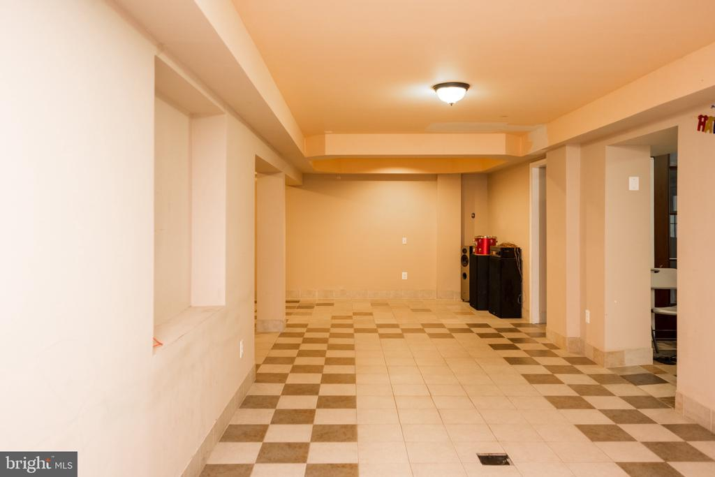 Basement - 6100 MUNSON HILL RD, FALLS CHURCH