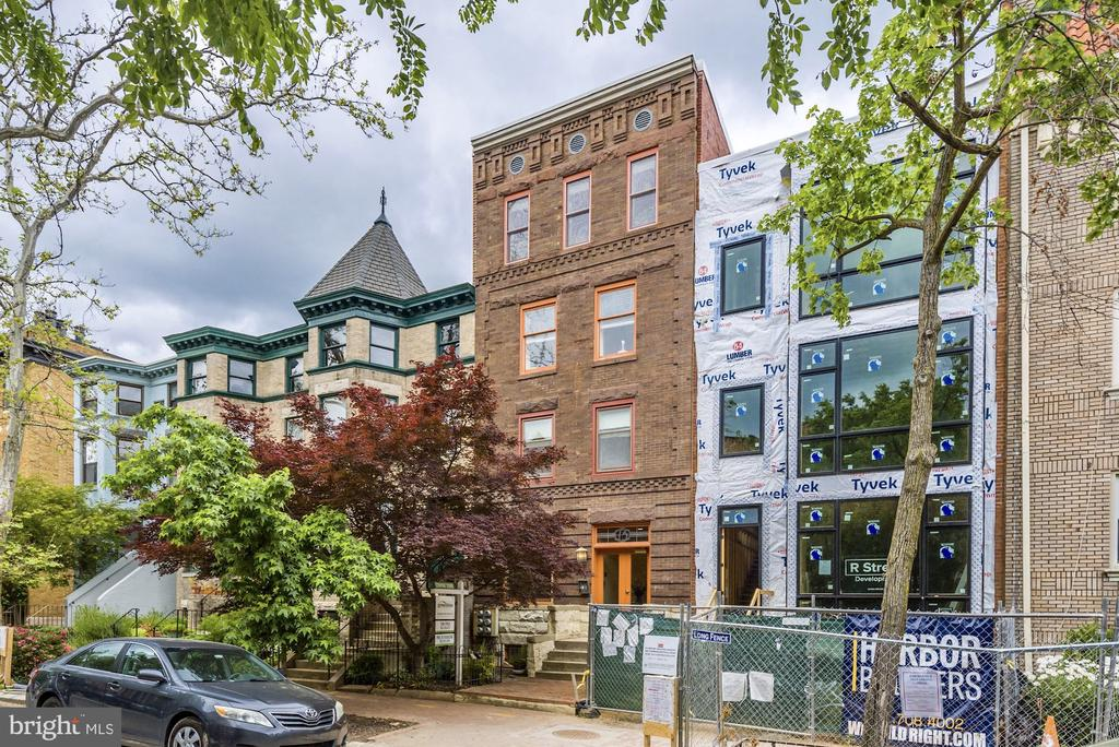 Well maintained mid-rise building - 1731 T ST NW #2, WASHINGTON