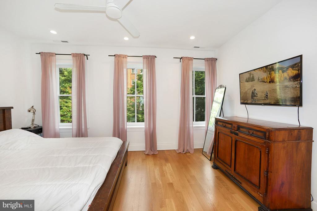 Front Bedroom - 125 D ST SE, WASHINGTON