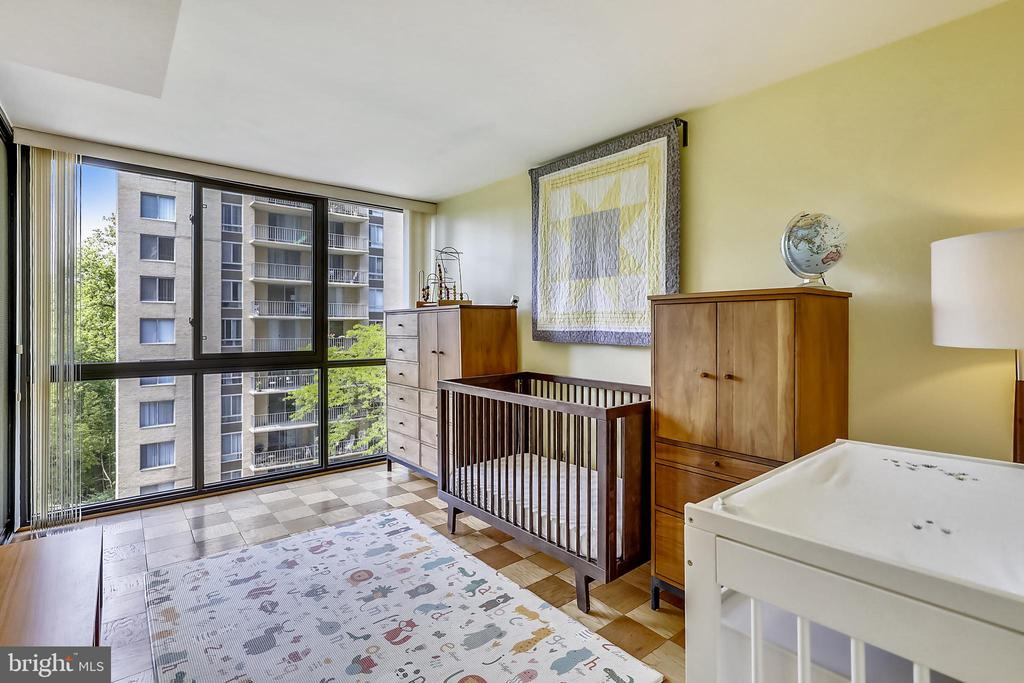 Second bedroom with floor-to-ceiling windows - 4620 N PARK AVE #608W, CHEVY CHASE
