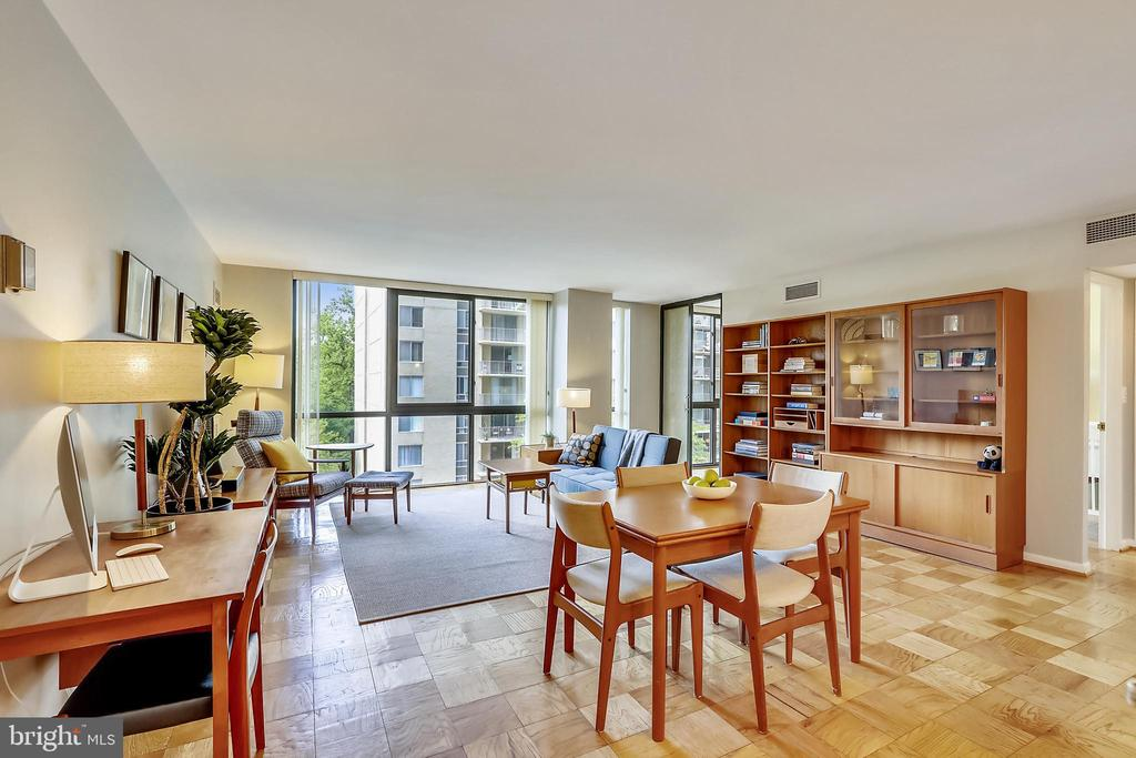 Gorgeous hardwood floors throughout - 4620 N PARK AVE #608W, CHEVY CHASE