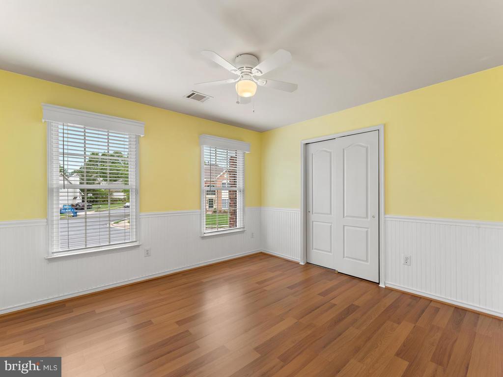 Upper level bedroom 4 - 1518 THURBER ST, HERNDON