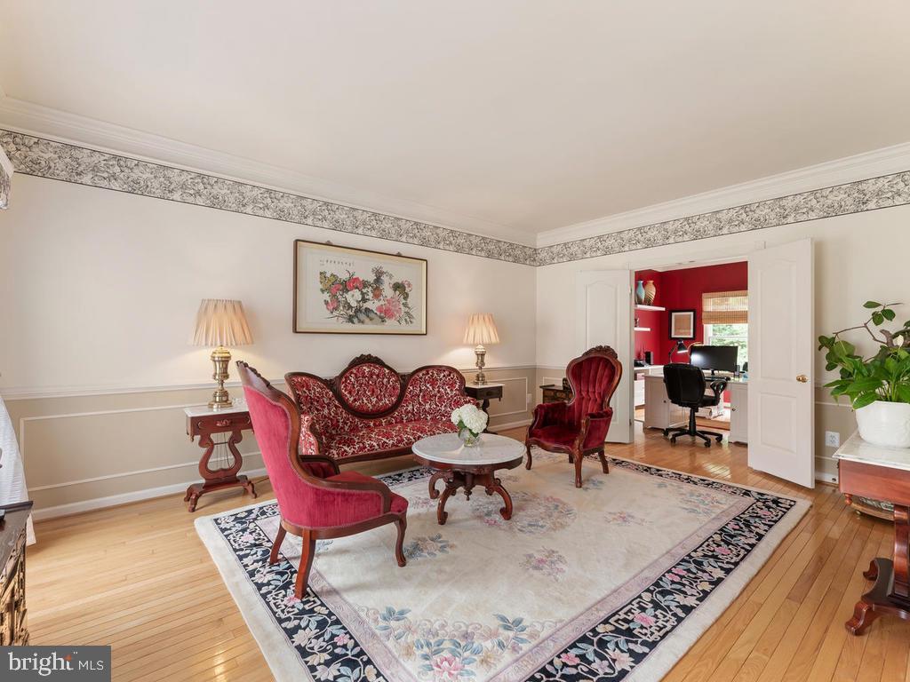 Living room - 1518 THURBER ST, HERNDON