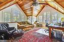 Vaulted wood ceilings for separate wing - 1002 MOSS HAVEN CT, ANNAPOLIS