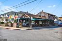 Easy access to popular local bars - 1002 MOSS HAVEN CT, ANNAPOLIS