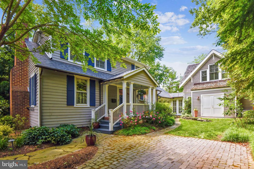 Welcome to a special Eastport property! - 1002 MOSS HAVEN CT, ANNAPOLIS
