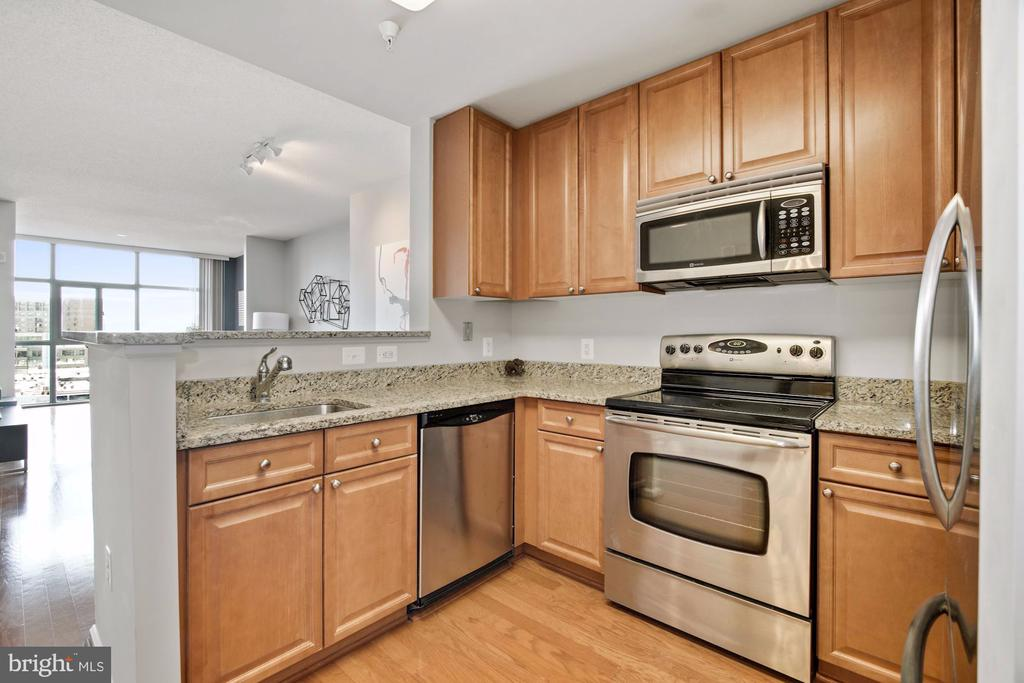 Kitchen - 11700 OLD GEORGETOWN RD #1113, NORTH BETHESDA