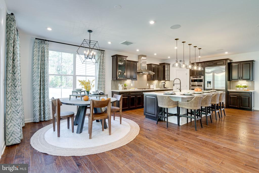 Morning Room & kitchen - 104 PENDER CT, FREDERICKSBURG