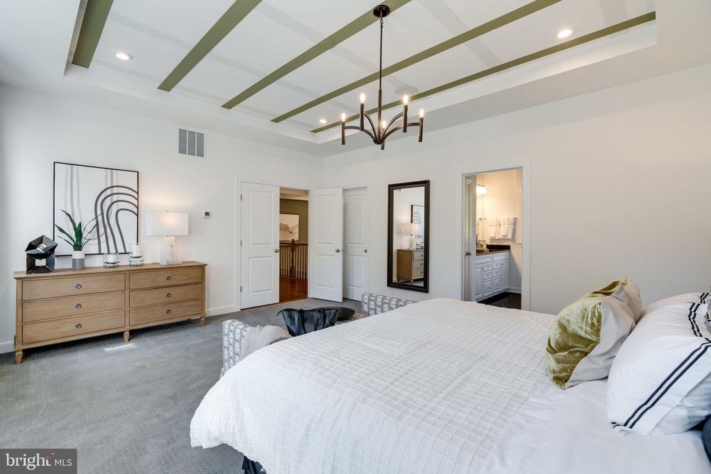 Owner's Bedroom - 104 PENDER CT, FREDERICKSBURG