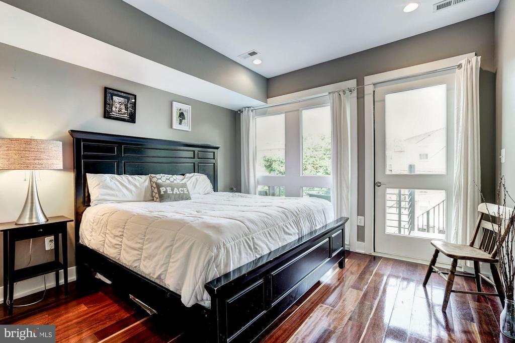 Bedroom Suite - 747 MORTON ST NW #2, WASHINGTON