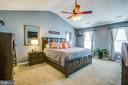 Welcome to Your Master Bedroom - 35335 RIVER BEND DR, LOCUST GROVE
