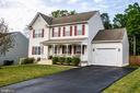 Turn Key Condition + Garage & Fenced Rear Yard - 35335 RIVER BEND DR, LOCUST GROVE