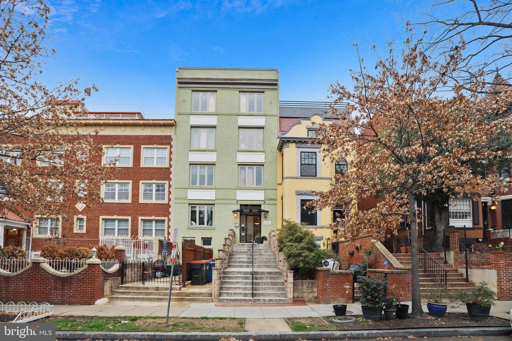 Welcome to 1321 Euclid - newly renovated in 2007 - 1321 EUCLID ST NW #302, WASHINGTON