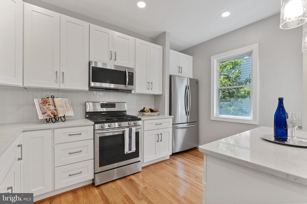 Kitchen 2 - 2705 HAMLIN ST NE, WASHINGTON