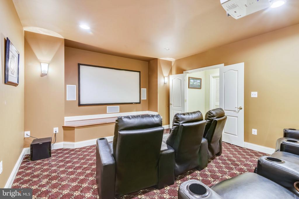 Media Room - 43554 FIRESTONE PL, LEESBURG