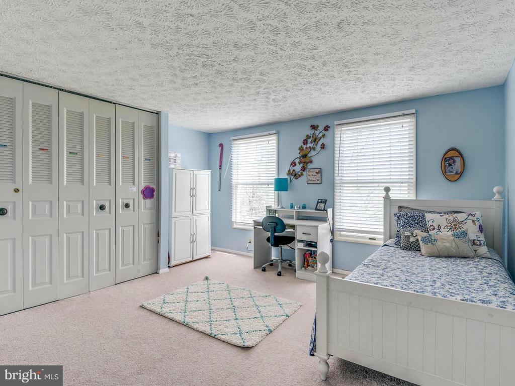 Bedroom 2 - 201 LESLIE CT, STERLING