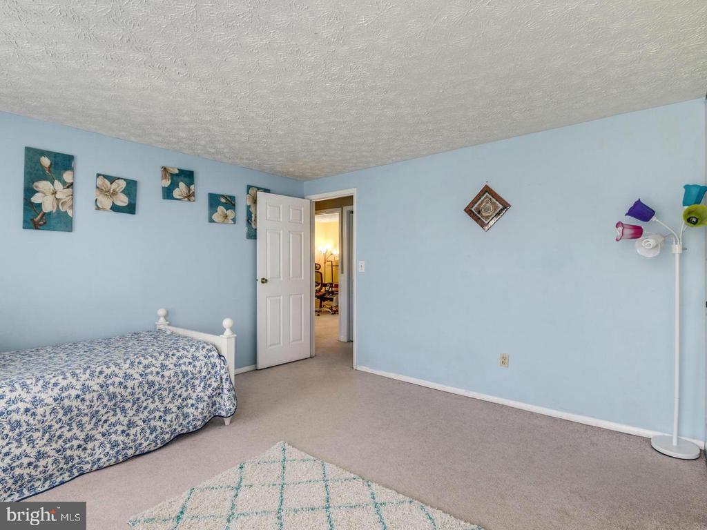 Bedroom 3 - 201 LESLIE CT, STERLING