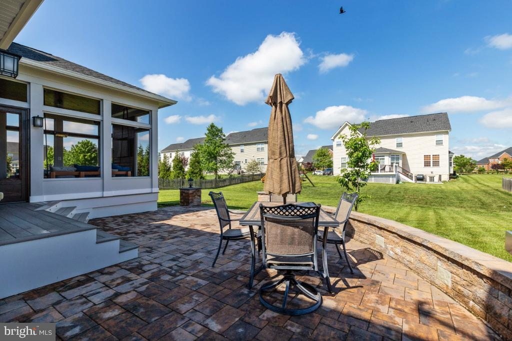 Custom Paver Patio with Bench Seating - 21921 SILVERDALE DR, ASHBURN