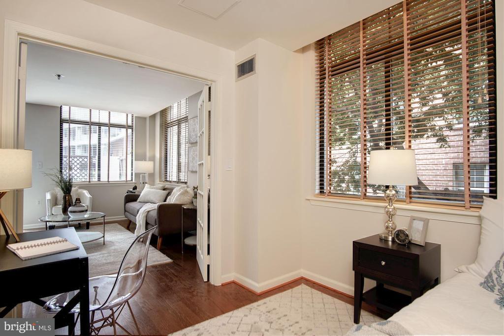 Second bedroom/den/office - 1312 MASSACHUSETTS AVE NW #109, WASHINGTON