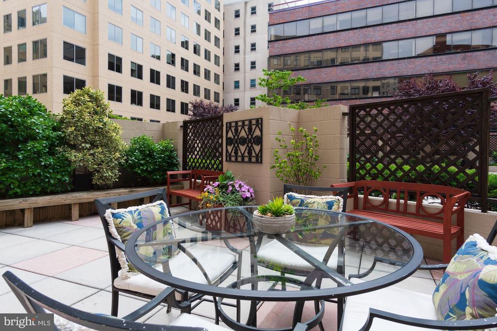 Private 235 SF (est) terrace - 1312 MASSACHUSETTS AVE NW #109, WASHINGTON