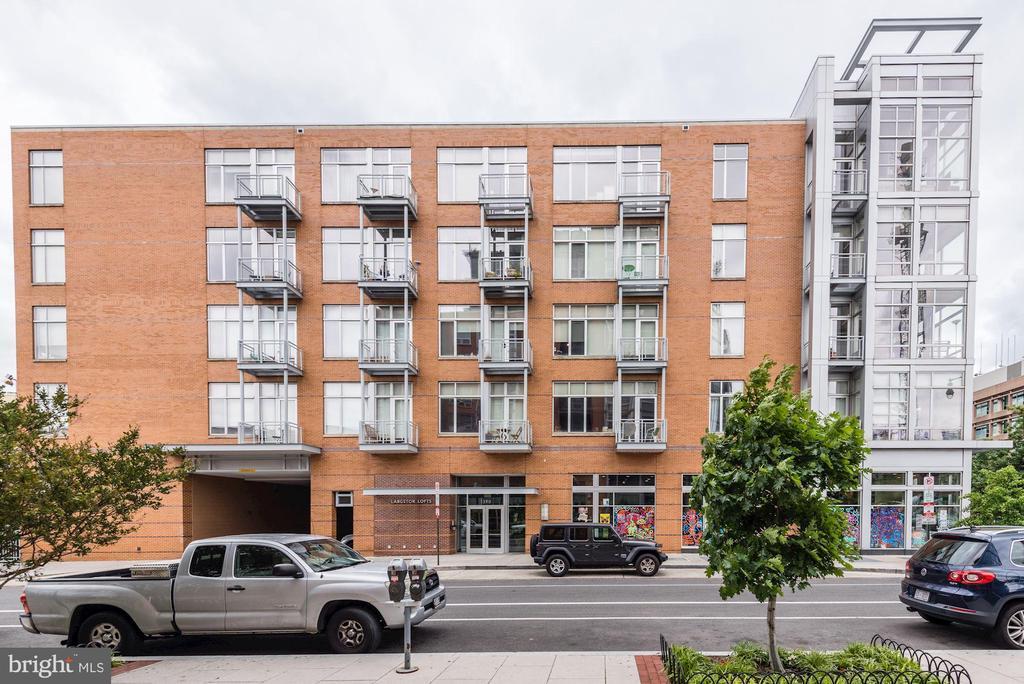 Welcome home to Langston Lofts condominium... - 1390 V ST NW #209, WASHINGTON