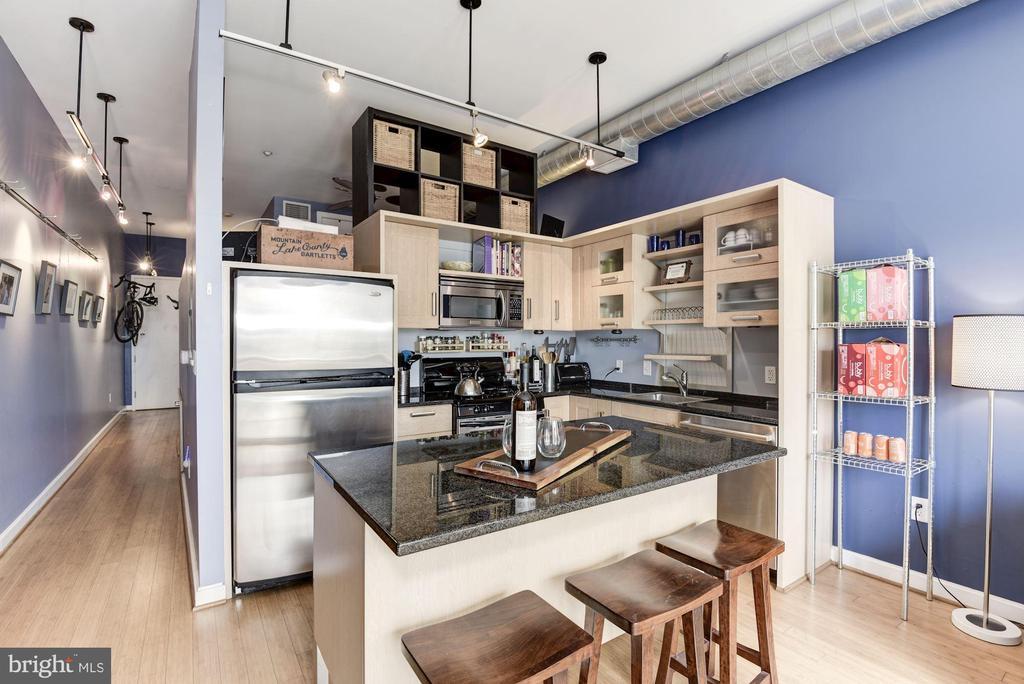 Gorgeous kitchen with island that conveys. - 1390 V ST NW #209, WASHINGTON