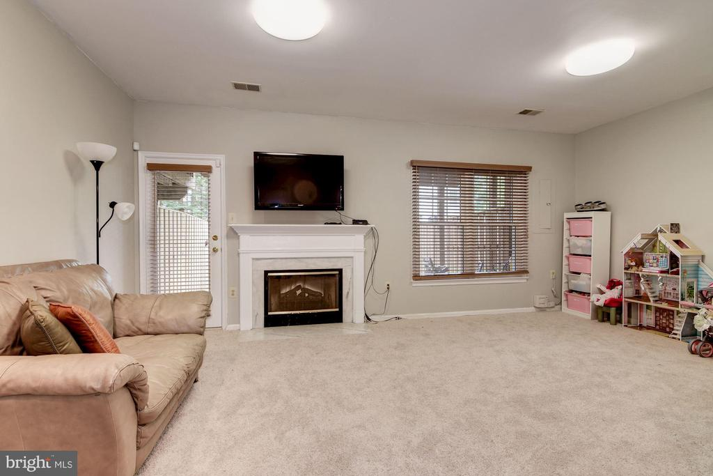 Basement Family Room with Fireplace - 7513 COLLINS MEADE WAY, ALEXANDRIA
