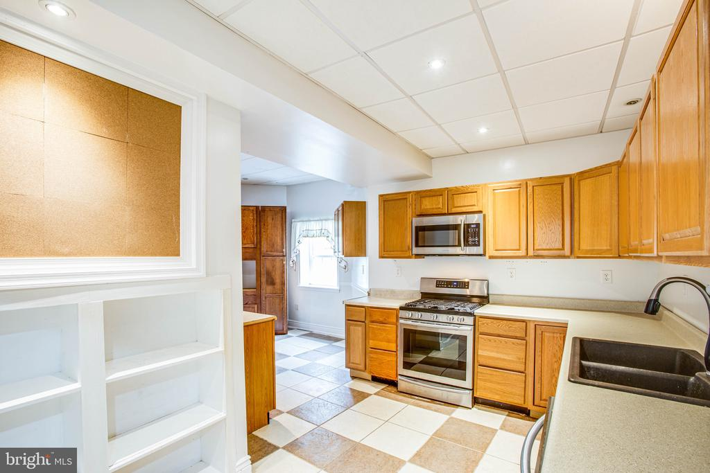 Full Kitchen In Lower Level - 2227 COUNTRY RD, BEAVERDAM