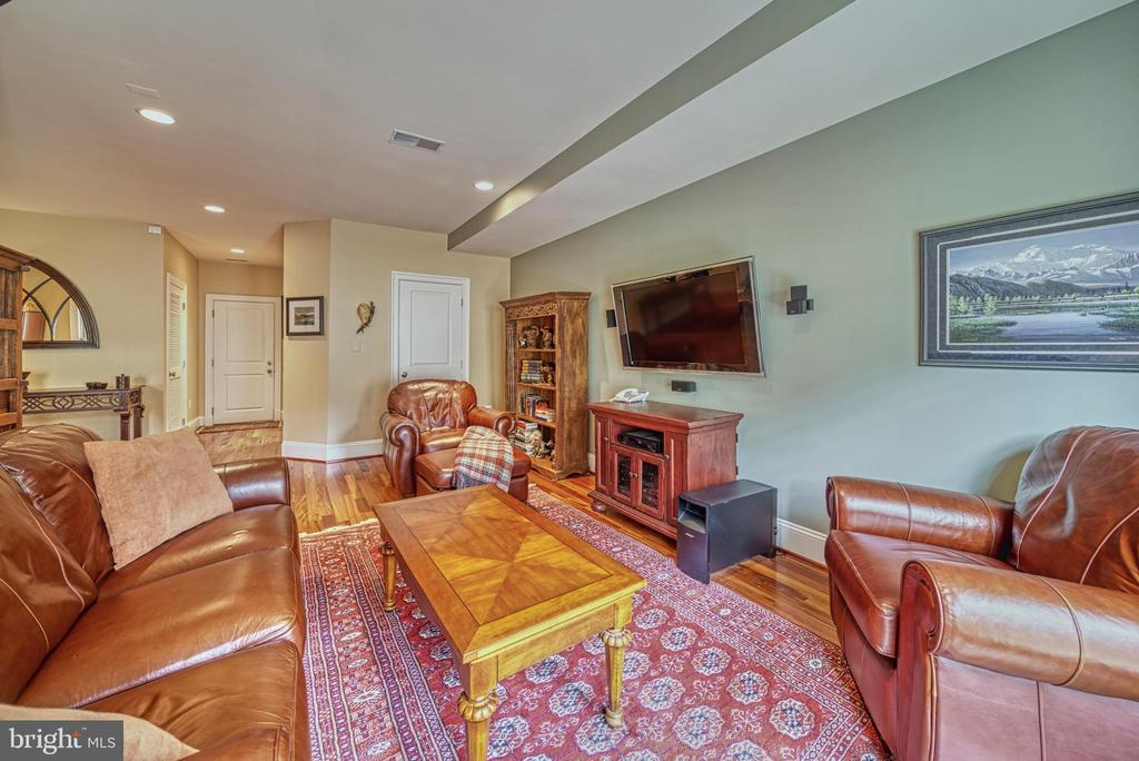 Relaxing happens easily in this LL lounging area - 6745 DARRELLS GRANT PL, FALLS CHURCH