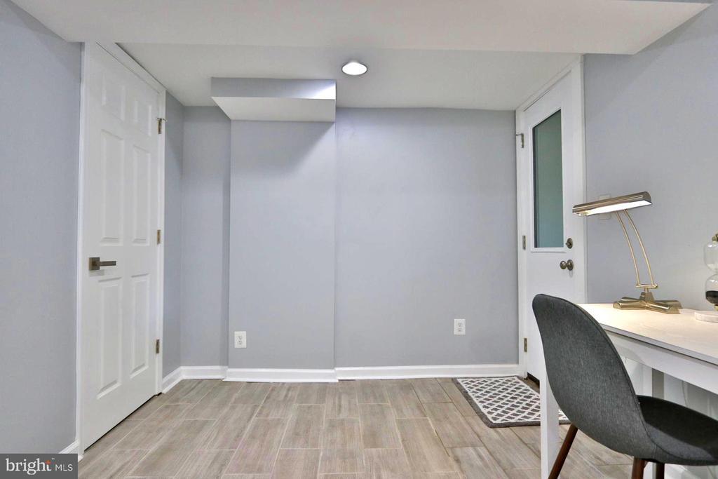 BEDROOM #4 - 1437 E ST NE, WASHINGTON