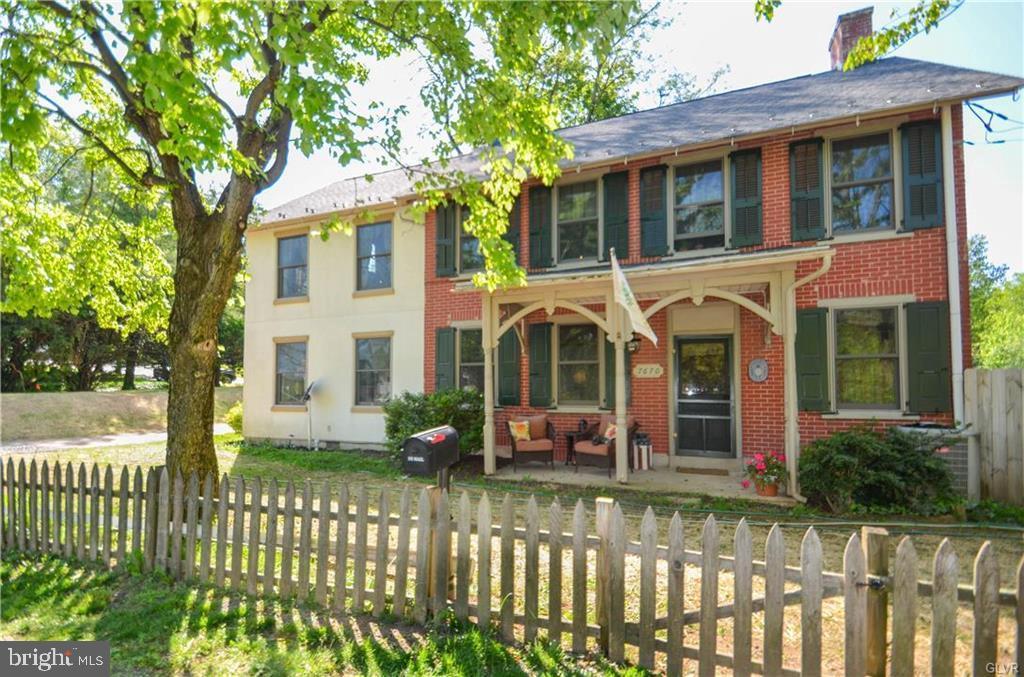 Single Family Homes pour l Vente à Coopersburg, Pennsylvanie 18036 États-Unis