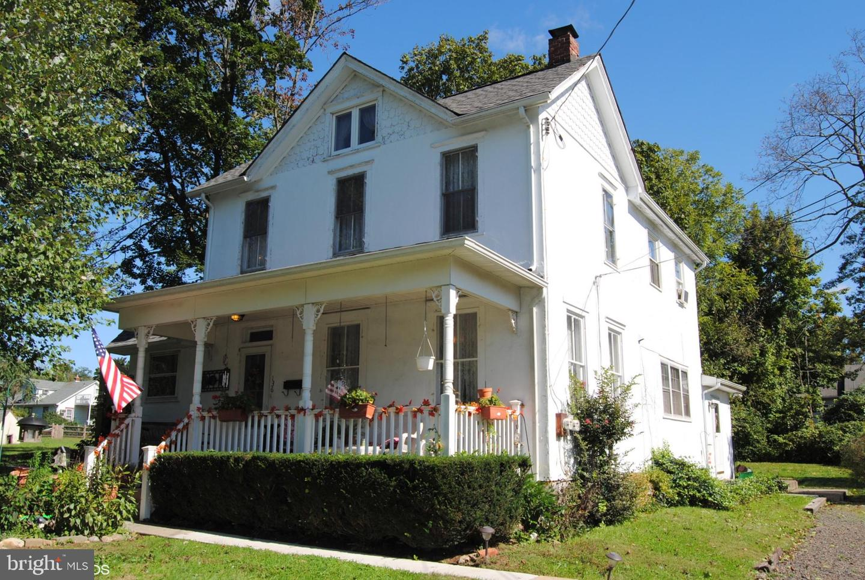Single Family Homes por un Venta en Fallsington, Pennsylvania 19054 Estados Unidos