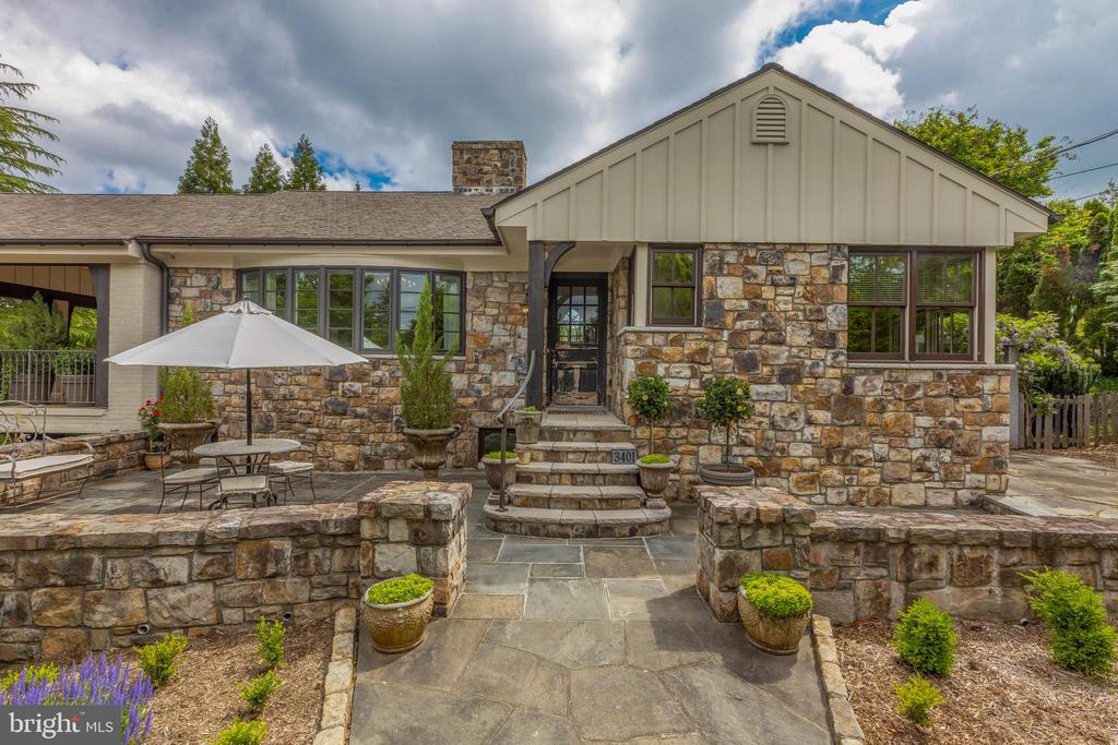 Custom stonework creates a picturesque setting. - 3401 N EMERSON ST, ARLINGTON