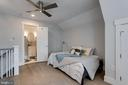Full suite (above garage ) - 1313 N HERNDON ST, ARLINGTON