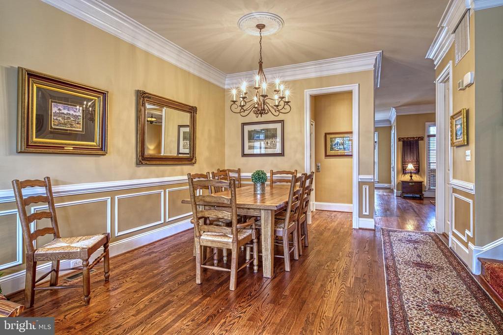 Elegant Dining Room open to Living Room - 6745 DARRELLS GRANT PL, FALLS CHURCH