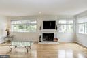 Naturally lit Living Room & Fireplace - 18400 STONE HOLLOW DR, GERMANTOWN