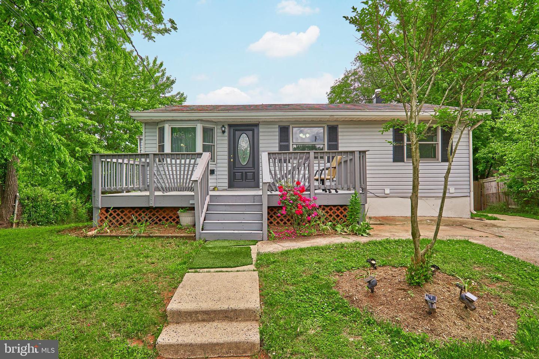 Single Family Homes para Venda às Manassas Park, Virginia 20111 Estados Unidos
