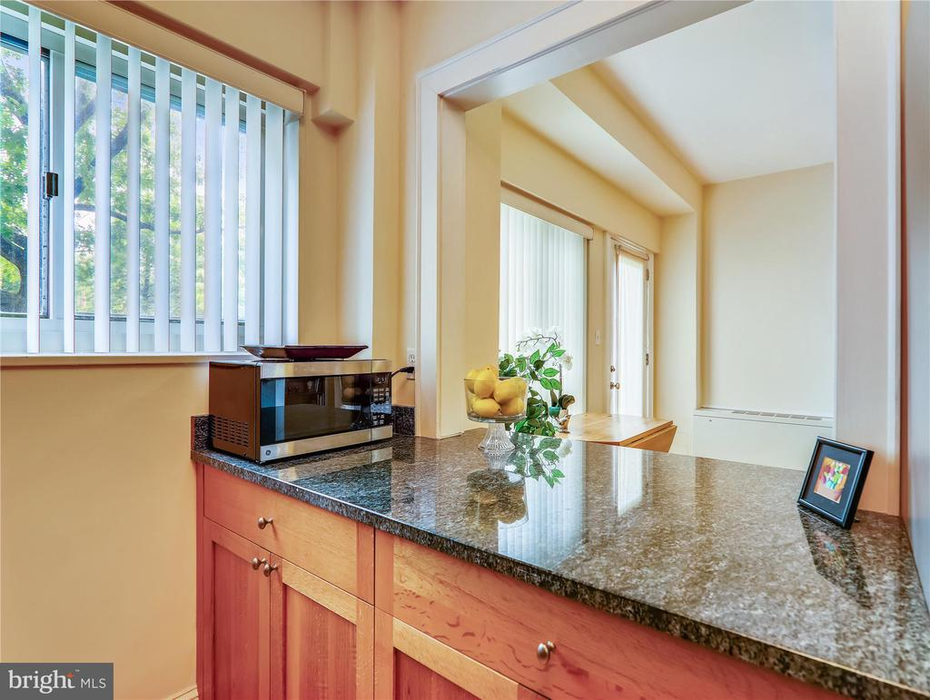 Bright Kitchen with pass-through - 5315 CONNECTICUT AVE NW #108, WASHINGTON
