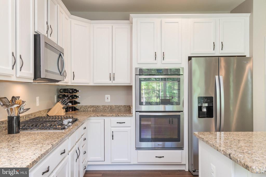 Stainless steel package with double wall oven - 259 HEFLIN RD, STAFFORD