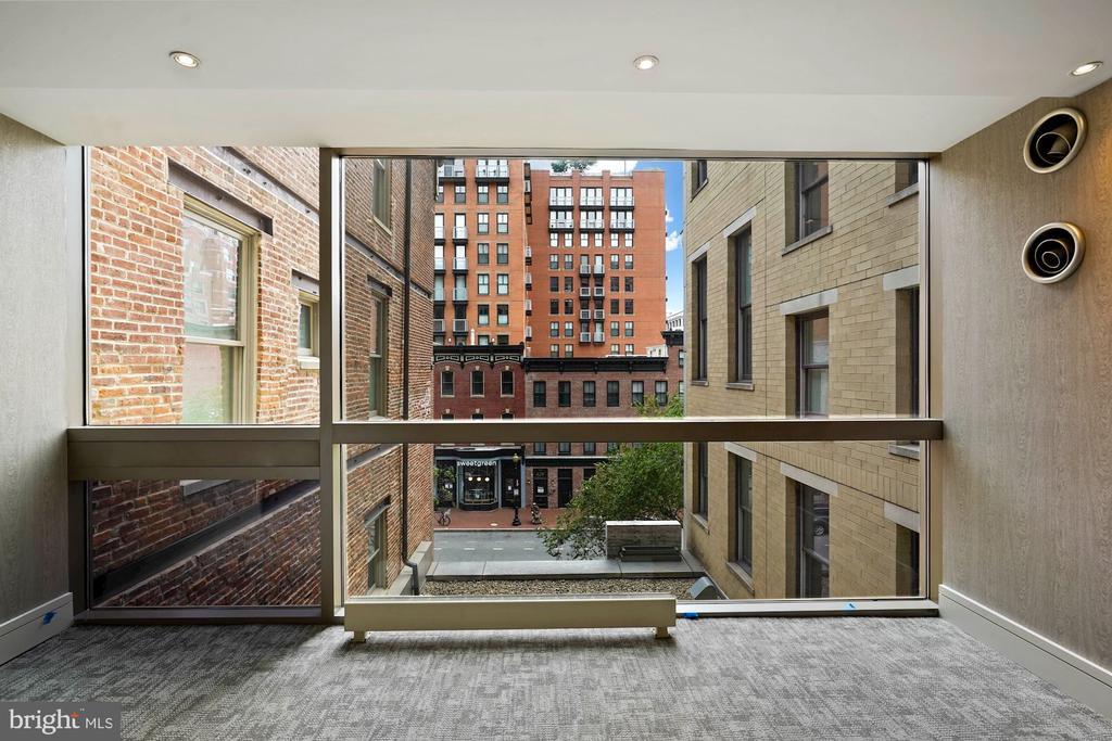 Recently updated hallways - 675 E ST NW #350, WASHINGTON