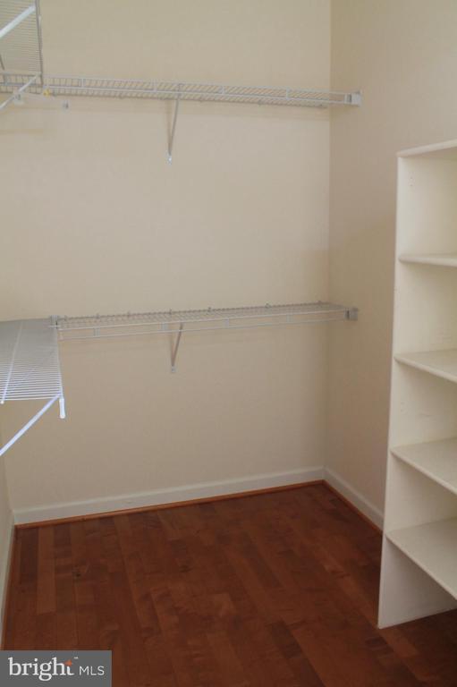 Master bedroom walk-in closet - 605 RAVEN AVE, GAITHERSBURG
