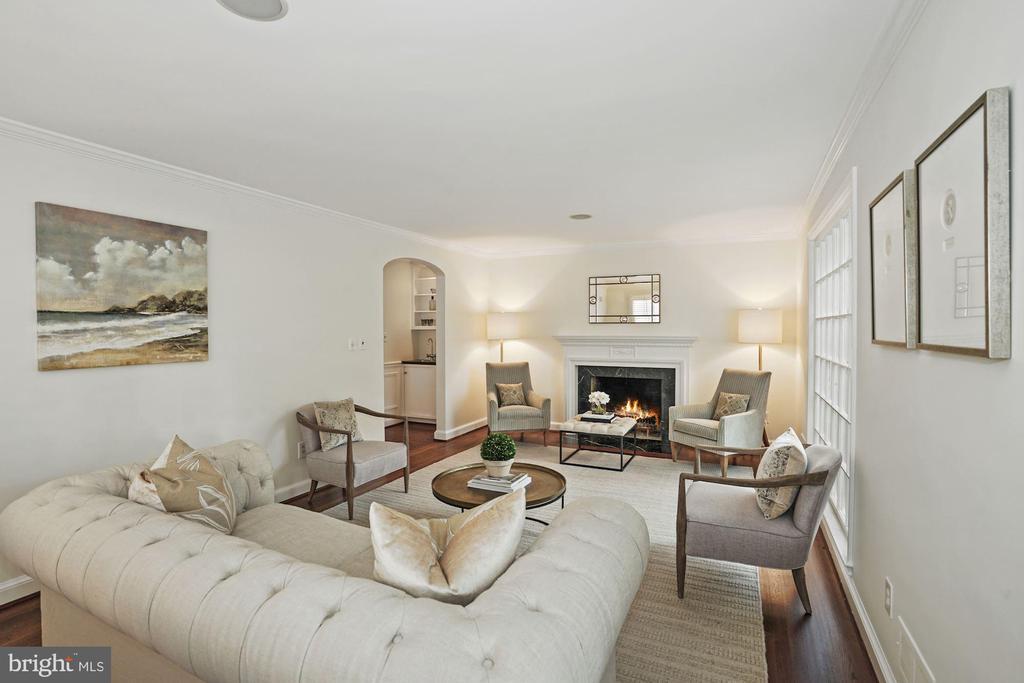 Family Room - 1683 31ST ST NW, WASHINGTON