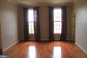 1st upper level master bedroom - 605 RAVEN AVE, GAITHERSBURG