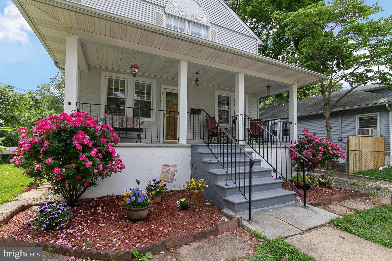 Single Family Homes 为 销售 在 Maple Shade, 新泽西州 08052 美国