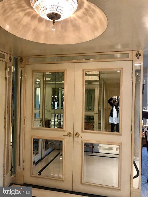 Closet in Foyer - 5809 NICHOLSON LN #409, NORTH BETHESDA