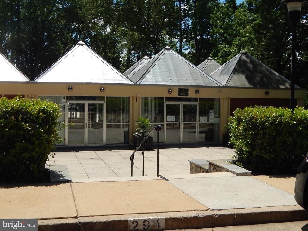 Management  Office - 3374 WOODBURN RD #24, ANNANDALE