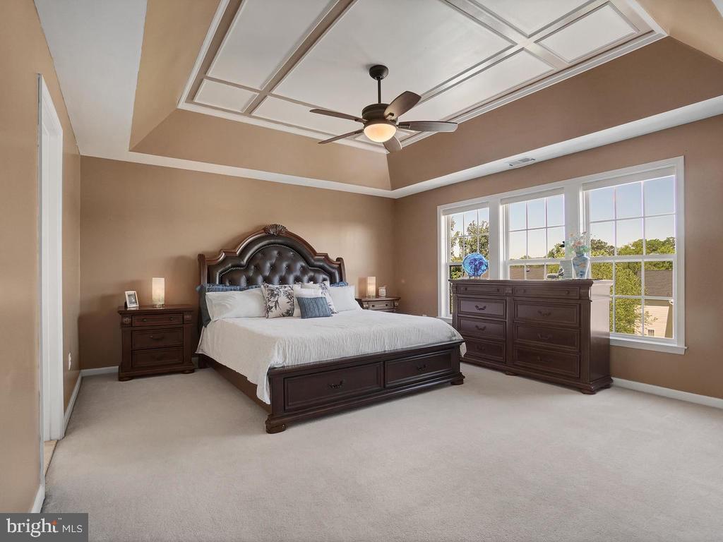 Master bedroom - 9 JENNIFER LYNNE DR, KNOXVILLE