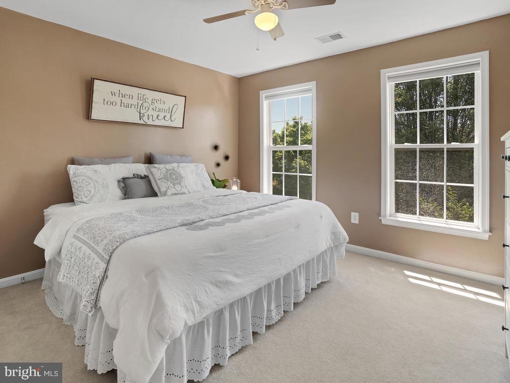 upper bedroom 2 - 9 JENNIFER LYNNE DR, KNOXVILLE
